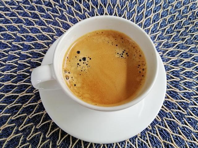 酸奶在什么时候喝好_速溶咖啡如何冲泡会比较好喝?冬日要喝暖暖咖啡-咖啡奥秘