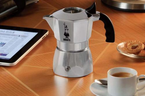 摩卡壶,手冲壶,爱乐压,面对咖啡,你是美味至上还是速食主义?